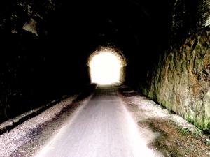 La luz al final del túnel def