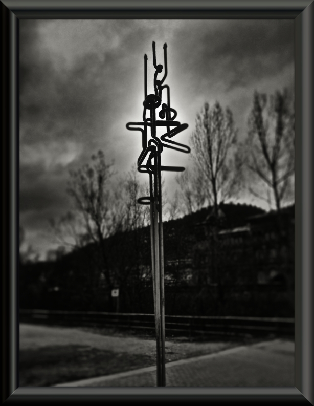 Escultura chatarra 0. Marzo 2016 Iphone
